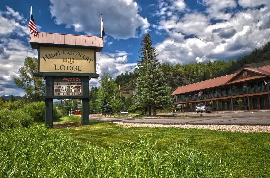 High Country Lodge chooses Hotelogix for improved business efficiency
