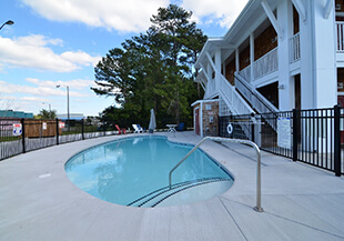 Topsail Shores Inn, North Carolina, USA